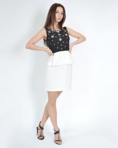 Платье черно-белое с баской